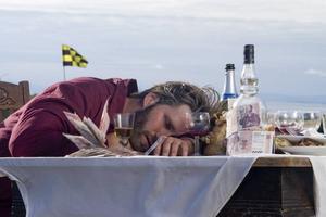 """Förvirrad man. Den isländske regissören Baltasar Kormákur har använt en sammansvetsad vän- och skådiskrets för sin """"Brúdguminn"""". Här Hilmir Snaer Gudnason i huvudrollen."""