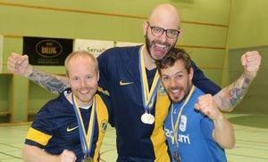 Niklas Wanjura, här i mitten är SM–mästare gånger fyra.