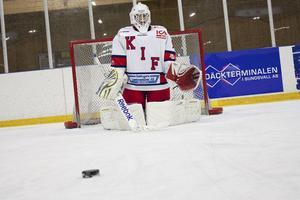Robin är tillbaka och spelar ishockey igen. Nyligen gjorde han comeback i Kovlands J18-lag.