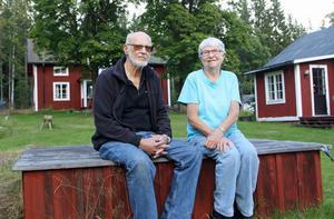 Anders och Anna-Lena Attermark känner vemod över att lämna platsen där de tillbringat så mycket tid med sin familj.
