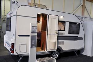 Adria Altea 390 PS är ny i modellprogrammet för överkomliga 152 000 kronor.