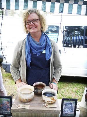 Keramikern Patricia Millar var en av hantverkarna som visade upp sin design på Urkults marknad. Hon sålde sin största kruka redan första dagen.