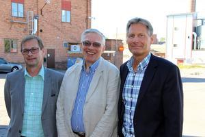 Per Skoglund, teknisk direktör i koncernen som slutar, nye vd:n Michael Fejér och Kaj Hansson, personalchef som också går vidare i koncernen.