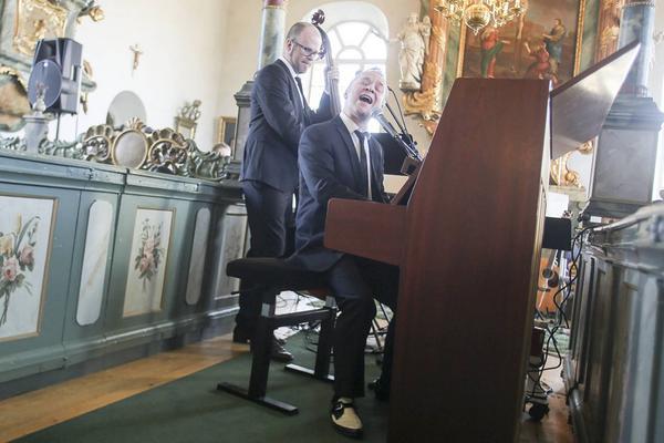Torgny Kingen Karlsson och Göran Backund med sitt nya program