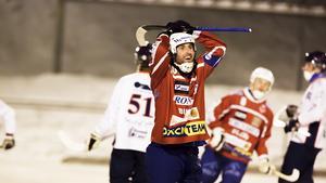 Petter Andersson och hans Västanfors kan få en poäng till.