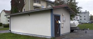 Ett soprum på Gärdet i Bollnäs spärrades av under måndagseftermiddagen.