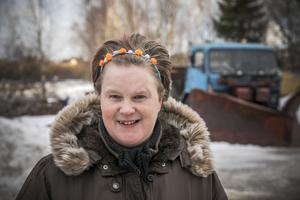 Jenny Holmqvist är glad och motorintresserad Sikåsbo.