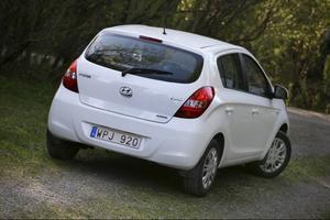 Hyundai i20 är en pålitlig småbil med låg förbrukning och låga utsläpp. Men Hyundai är inte längre något lågprismärke.Foto: Rolf Gildenlöw