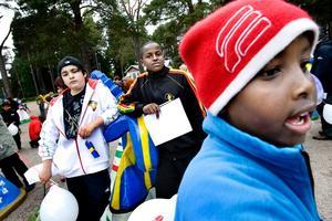 Killarna från Nordost bestämde sig direkt när de fick syn på bock nr 7 som inspirerats av de många olika kulturerna på Nordost. Bara, 15, Ahmed, 11, och Mohamed, 13 år röstade på