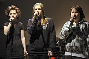Flera sånggrupper framträdde under konserten.