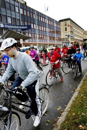 Rejäla cykeltramp. Med rejäla cykeltramp var det många som redan vi start hade målet i siktet.