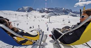 Vinteravkoppling bland natursköna Dolomiter.