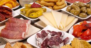 Tapas är en av matfavoriterna för svenskar utomlands.