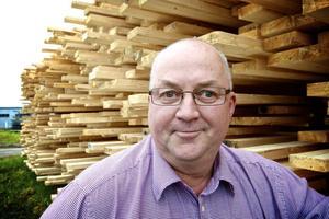 Kent Dalentoft arbetar som råvaruchef på Balungstrands sågverk och ser positivt på verksamhetens framtid.
