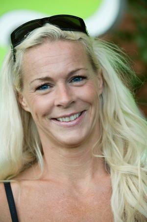 Malena Ernman tänker tvinga Anders Lundin att sjunga med i