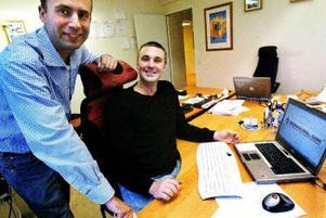 – Vi är först i världen, säger Anders Hellman och Rolf Bäck som i går lanserade webbsidan Monkey Pal där man kan spela dataspel om pengar.
