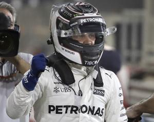 Finländske Mercedesföraren Valtteri Bottas tog karriärens första kvalseger och startar från första ruta i söndagens race i Bahrain. Bottas blev därmed den femte finländske F1-föraren genom tiderna att ta pole position, efter Keke Rosberg, Mika Häkkinen, Heikki Kovalainen och Kimi Räkkönen.
