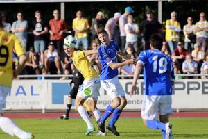 Johan Eklund avgjorde toppmötet mot Falkenberg med sitt sjunde mål för säsongen.