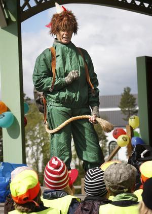 De barn som firade Förskolans dag på Stenegård i Järvsö fick träffa Skogsmulle.
