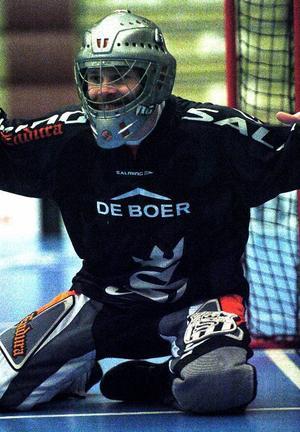 Ladda. Målvakten Andreas Olsson är en av IBF Faluns nyckelspelare i serieavslutningen mot Storvreta. Han är heltänd och lovar en ny stormatch. På bortaplan höll han nollan mot Uppsalalaget.