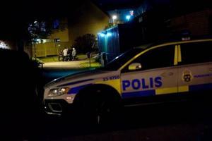 Här på Surbrunnsgränd rånades två äldre kvinnor brutalt. Och en av kvinnorna avled senare av sina skador.