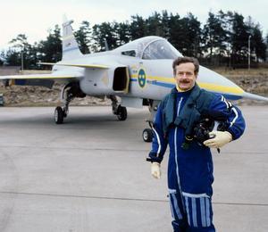 Stig Holmström ska berätta om den första provflygningen med JAS Gripen