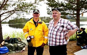 Arrangörerna Inge Sverin och Kjell Sörell är nöjda med årets uppslutning till Fiskets dag.