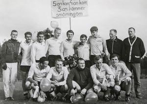 Trean kom verkligen så småningom. 1967 gick Myssjö IF upp i landets tredje högsta fotbollsdivision, men även om det bara blev en säsong där så kan spelarna fortfarande njuta av den djupa vänskap som de fick på vägen dit.