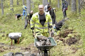 Andreas Persson jobbar hos Askersunds kommun med stigar och leder. Han passade på att vara  med på kursen i Nora också.