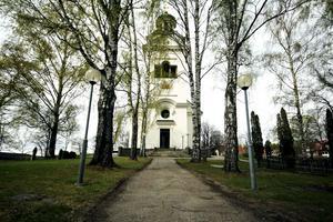 Pippi Långstrump och andra figurer i Astrid Lindgrens värld gästar Västanfors kyrka på söndagen.