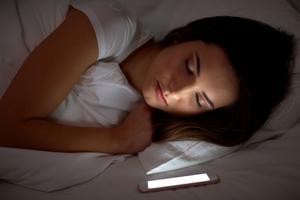 Testfakta jämförde sex sömnappar med både avslappnande och stressande resultat.