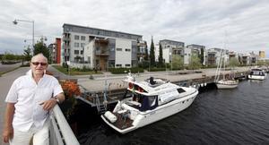 Restaurangbåt. Harry Holmer vill erbjuda såväl en båtutflykt som möjligheten att äta och dricka gott ombord.