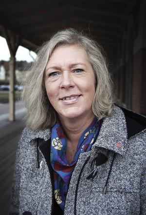 Eva Lindberg (S) ser resorna som välinvesterade pengar.