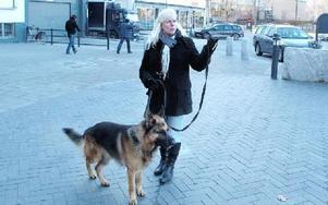 Kim-Anette och hennes hund YashinFOTO: ERIK PETERSSON