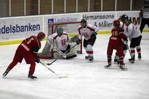 Sveg hade flera lägen att avgöra söndagsmatchen.