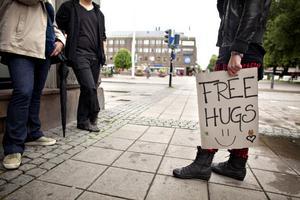 Vem har inte varit i behov av en gratis kram från en vänlig främling någon gång?
