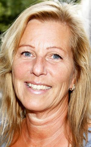 Ewa Widstrand, 57 år, Kaxås:   – Ja det ska jag. Jag ska döma polarhundar på utställning i Sollefteå. Det är bland det roligaste som finns att döma hundar. Jag har alltid älskat hundar.