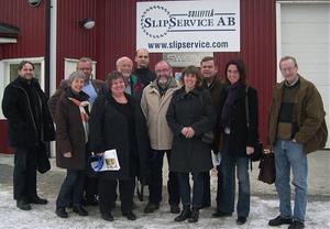 På torsdagen träffades bland annat kommunalrådet Elisabet Lassen (s), oppositionsrådet Lars-Åke Molin (m) och flera tjänstemän från tillväxtenheten lokala företagare ute hos Sollefteå slipservice. Där fanns också företrädare för Svenskt Näringslivs som gick igenom den senaste undersökningen om det lokala företagsklimatet i Sollefteå.