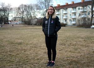 För Falutjejen Julia Roddar är det Borlänge som är hemma numera.