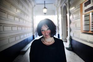 """Det har gått fyra år sedan Monika Fagerholms förra roman """"Den amerikanska flickan"""" publicerades. Efter mycken vånda och en rejäl omstart kommer nu uppföljaren """"Glitterscenen"""". Foto: Mikael Andersson/Scanpix"""