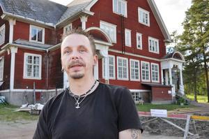 Roger Sjödin har prisats av landstinget för sitt engagemang vid Hammarstrands aktivitetsgård.