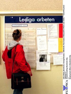 Fler jobb. S vill att Sverige blir bäst i EU 2020. Foto: Scanpix/TT
