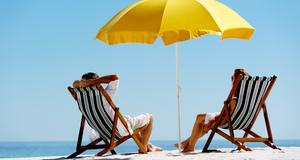 De flesta svenskar vill ta dagen som den kommer under semestern.
