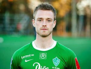 Efter sju år i IK Brage har pålitlige mittbacken Jon Åslund valt att lämna klubben.
