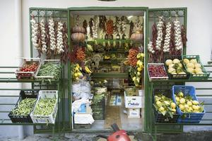 HÖGSTA KVALITET. Bra råvaror i små oansenliga butiker är hemligheten bakom det fantastiska köket.