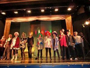 """MUSIKALGÄNG. Kulturskolans teatergrupp Scenmagi spelade upp musikalen """"Prinsessan som inte kunde skratta""""."""