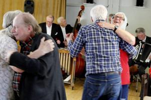 Ove Rosendahl, 76, och Ingrid Adervall, 86, är särbor och träffades för några år sedan på Tiljan.