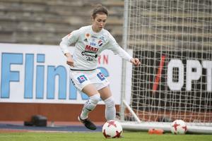Kvarnsvedens Agnes Dahlström räddade viktig poäng med sitt 2–2-mål.