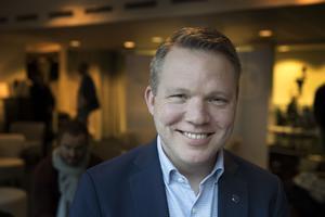Anders Larsson, ordförande för svenska ishockeyförbundet, leder utredningen.