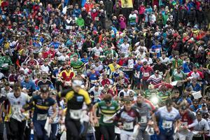 Herrkaveln startar vid orienteringstävlingen tiomila i Falun på lördagen.